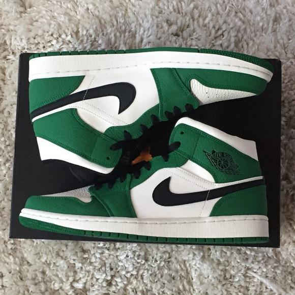 Nike Air Jordan 1 Mid SE Pine Celtics 852542-301 215530c5e